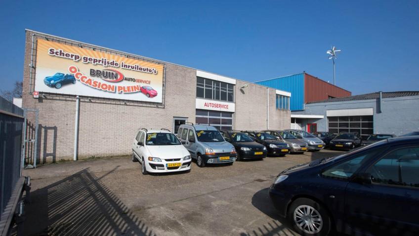 bruin autoservice heeft tevens een occasionplein in Den Helder