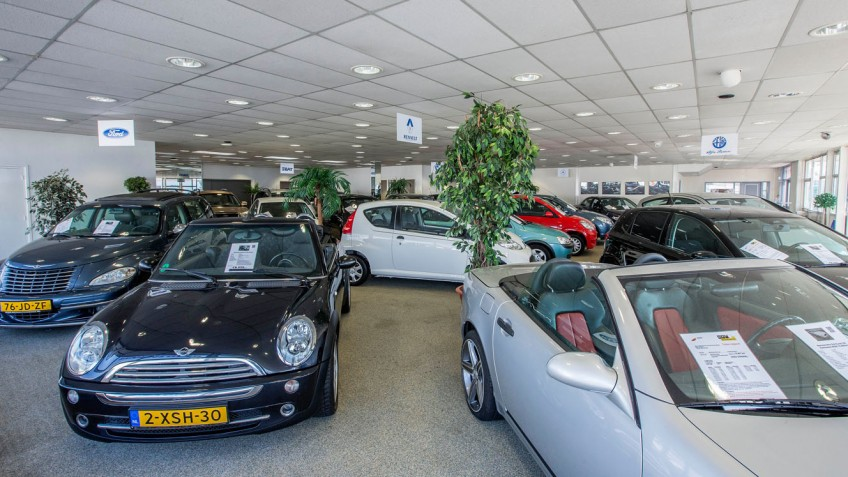 auto kopen. Auto occasion showroom in Den Helder.